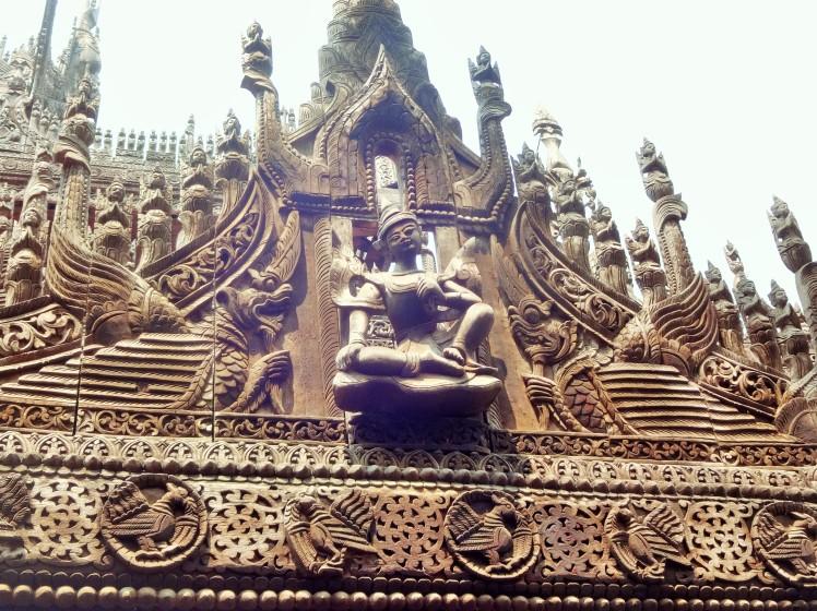 Shwe Kyuang teak carvings